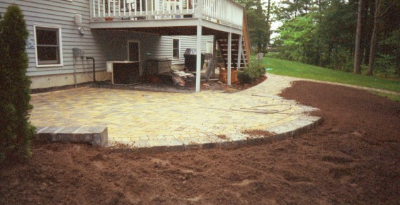 mulching-stone-patio-boston